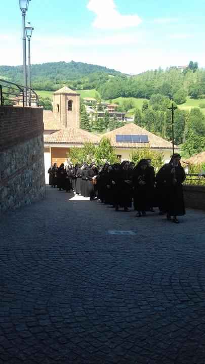 Giugno 2019: Esercizi spirituali a Rivalba II TURNO - processione